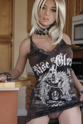 165cm-Dirty-Knights-Sex-Doll-Posing-in-rock-clothes-1 (5)