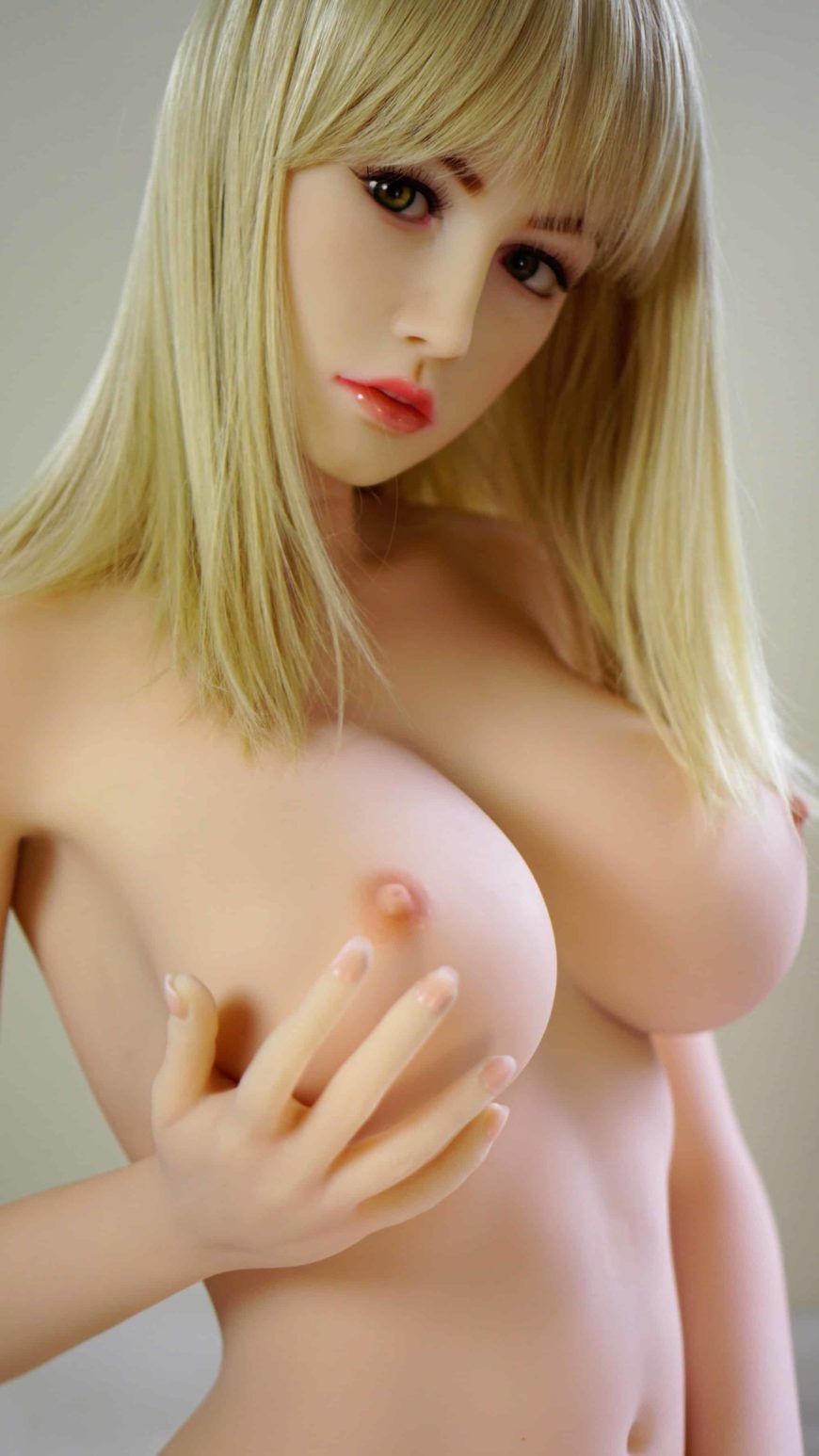 Beautiful-Blonde-Sex-Dolls-From-Dirty-Knights-Sex-Dolls-Posing-Nude-1 (4)