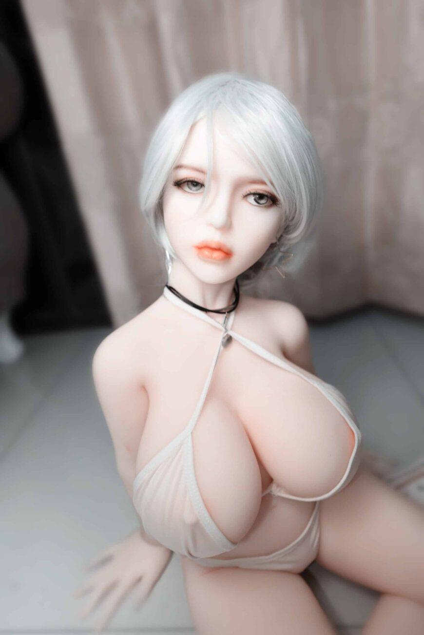 Dirty-Knights-Sex-Dolls-Alina-105cm-posing-nude-1 (12)