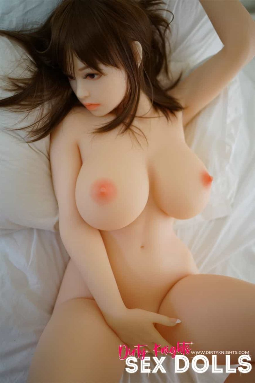 Dirty-Knights-Sex-Dolls-Risako-160cm-Brown-Hair-posing-nude-1 (1)