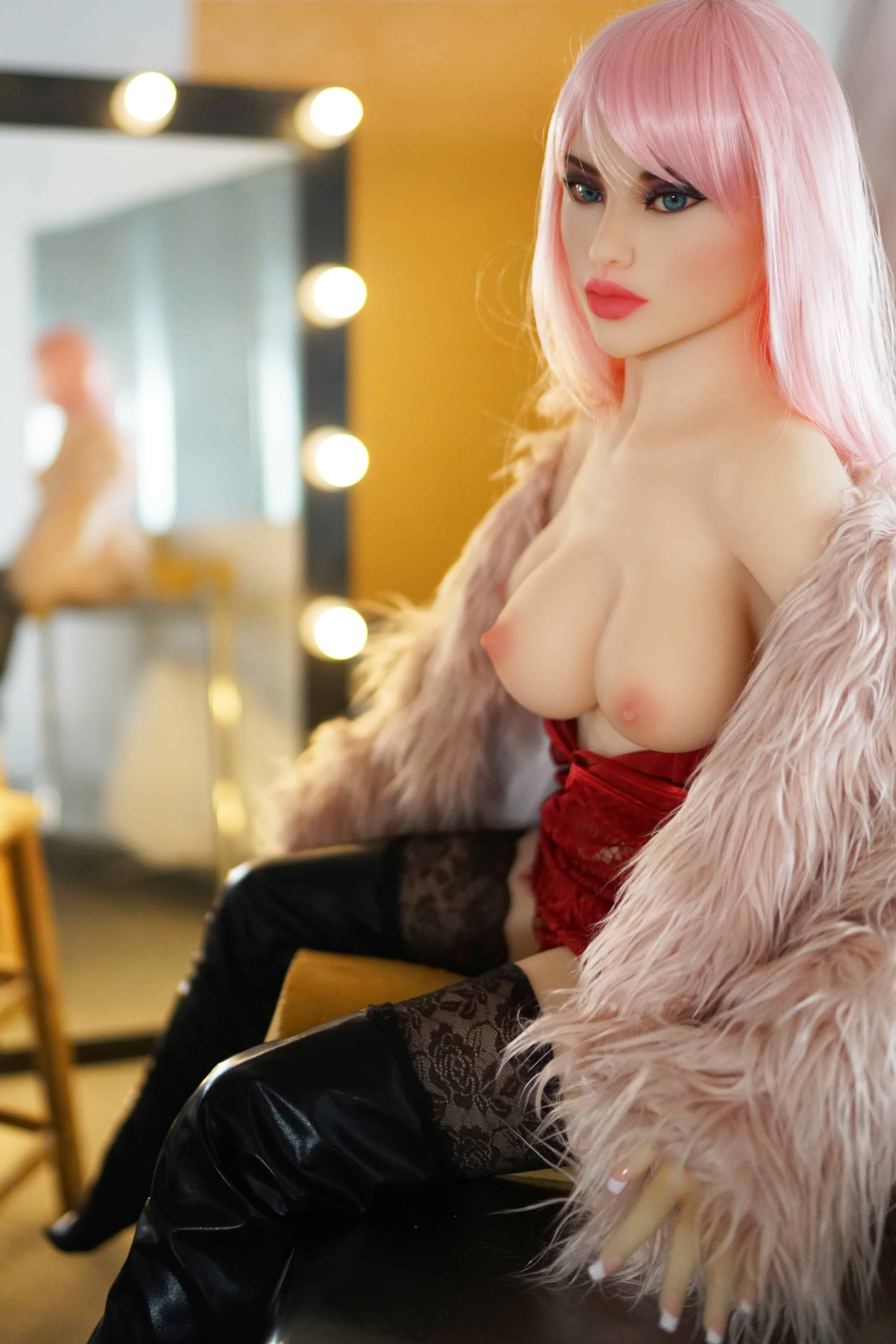 Fantasy-Sex-Dolls-Venus-From-Dirty-Knights-Sex-Dolls-3-breasts-1 (8)
