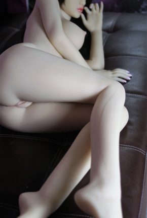 Sex-Doll-Posing-Nude-For-Dirty-Knights-sex-dolls-1 (20)