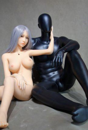 Sex-Doll-Yan-Posing-for-Dirty-Knights-Sex-Dolls (16)