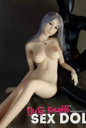 Sex-Doll-Yan-Posing-for-Dirty-Knights-Sex-Dolls (18)