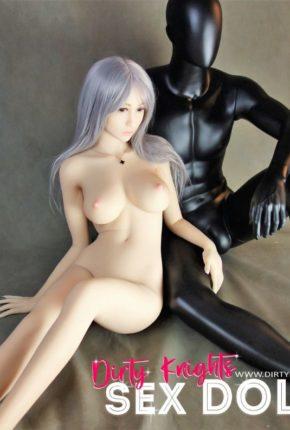 Sex-Doll-Yan-Posing-for-Dirty-Knights-Sex-Dolls (21)