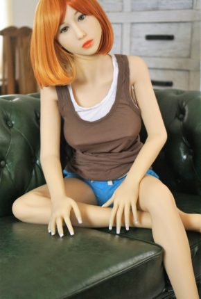 Sex-Doll-Yan-Posing-for-Dirty-Knights-Sex-Dolls (3)