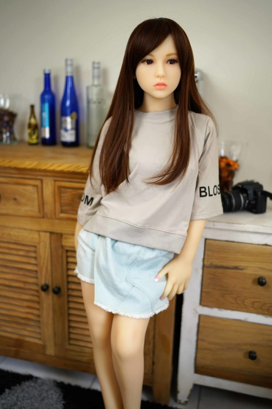 Sex-Dolls-Debbi-From-Dirty-Knights-Sex-Dolls-posing-in-shirt-and-skirt-1 (4)