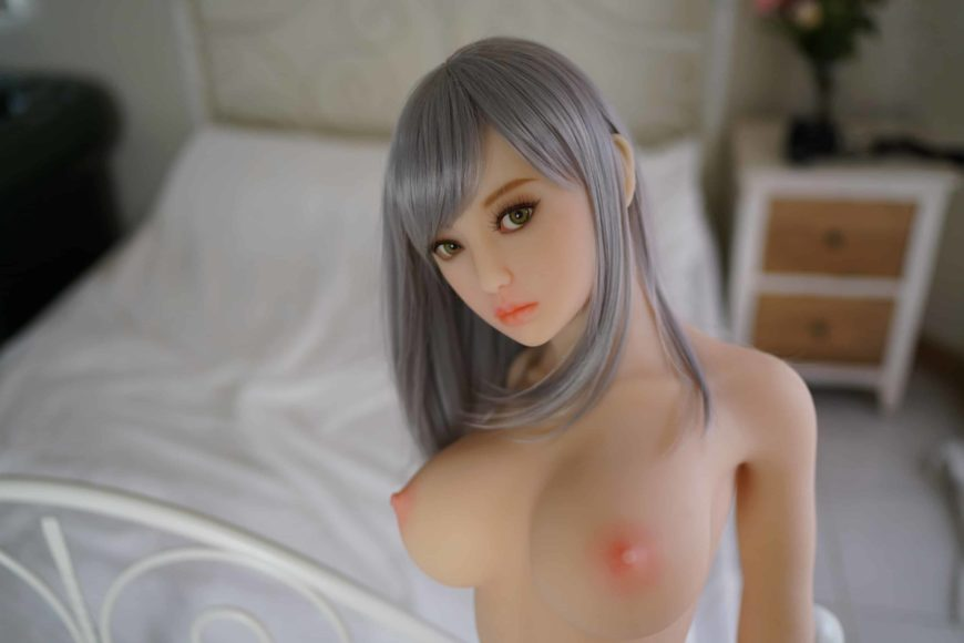 Sex-Dolls-Eirian-standing-naked-1 (21)