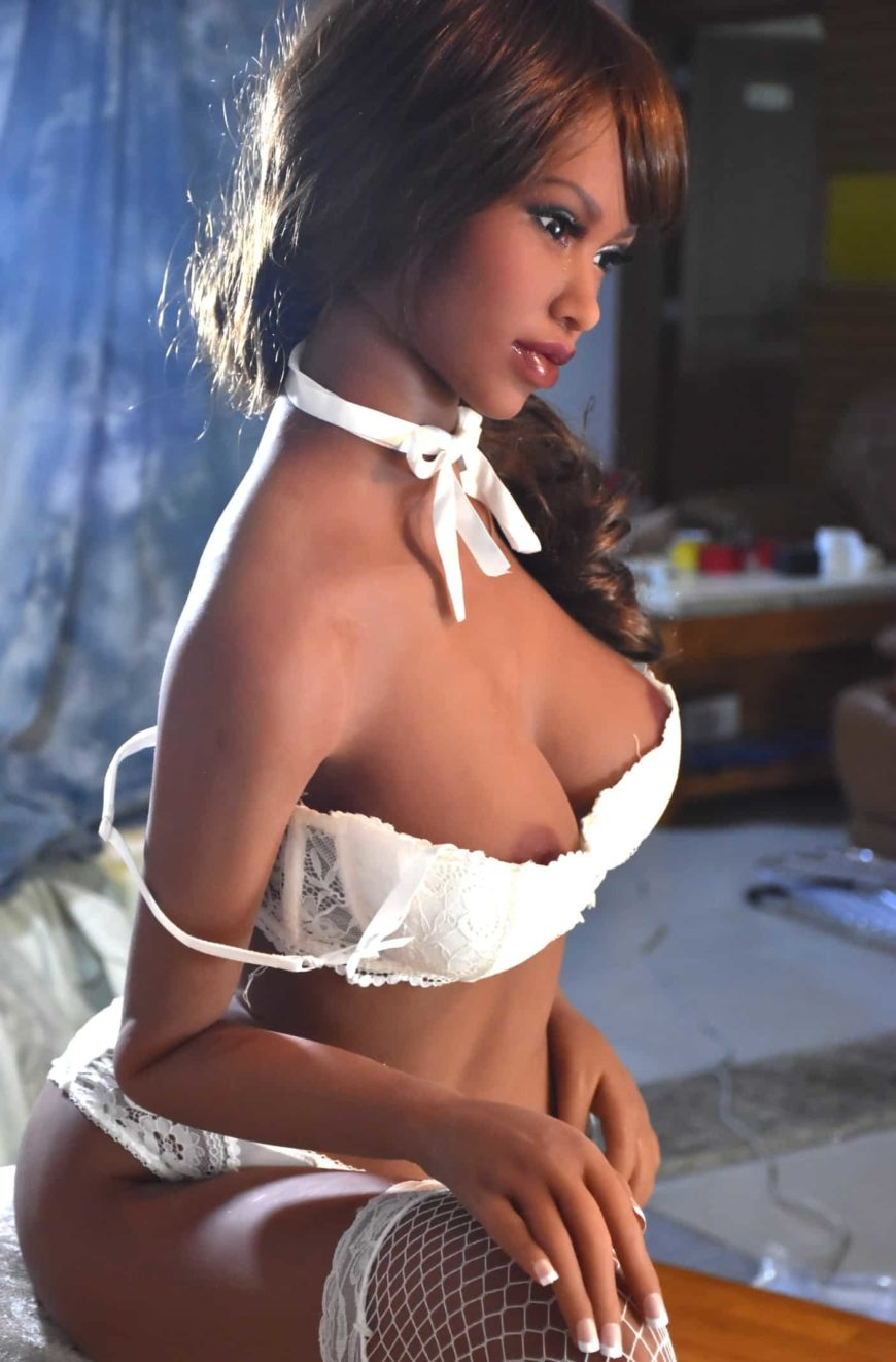 Sex-Dolls-Lexy-From-Dirty-Knights-Sex-Dolls-Posing-Nude-and-white-lingerie-1 (11)