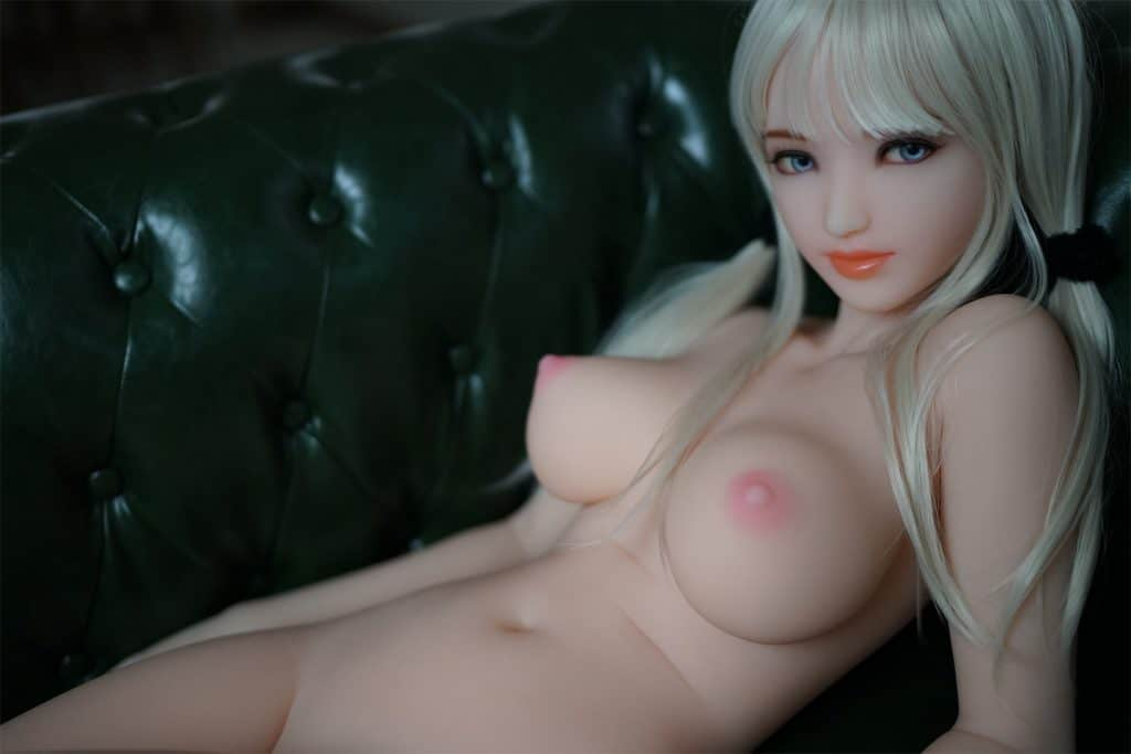 Sex-Dolls-Marie-Modelling-Nude-on-Couch-Dirty-Knights-Sex-Dolls-1 (28)