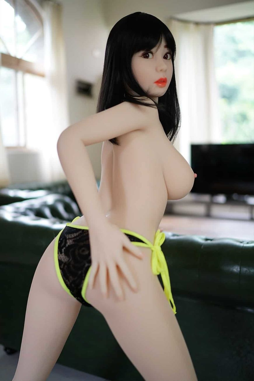 Sex-dolls-from-Dirty-Knights-Sex-Dolls-AI-Doll-Posing-in-Green-bathing-suit-and-nude-1 (9)