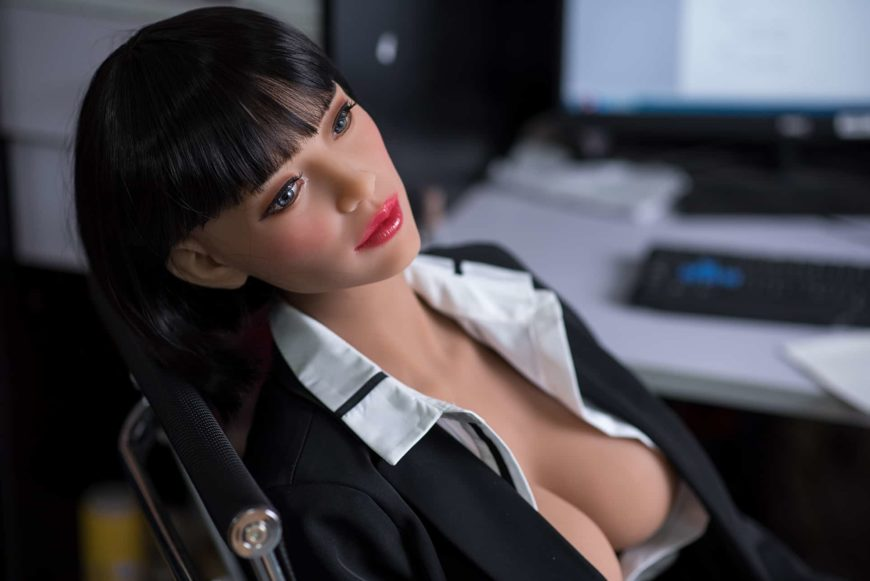 Sexy-doll-from-Dirty-Knights-Sex-Dolls-Posing-in-Office-Clothes-1 (10)