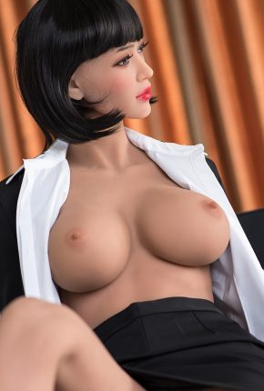 Sexy-doll-from-Dirty-Knights-Sex-Dolls-Posing-in-Office-Clothes-1 (16)