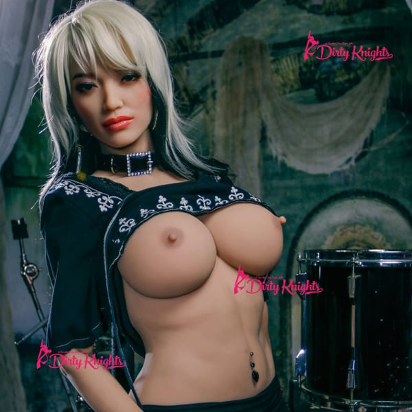 Zoey-Sex-Doll-From-Dirty-Knights-Sex-Dolls-Rocking-Badass-clothes-1 (11)