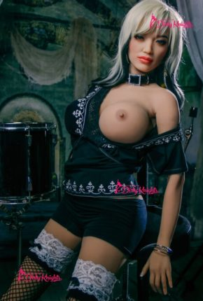 Zoey-Sex-Doll-From-Dirty-Knights-Sex-Dolls-Rocking-Badass-clothes-1 (8)
