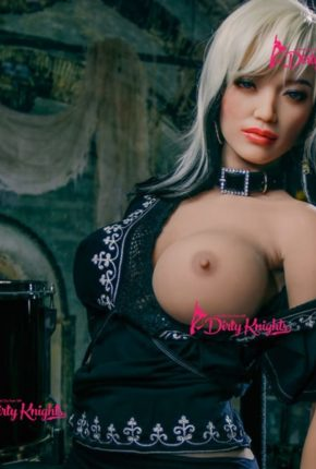 Zoey-Sex-Doll-From-Dirty-Knights-Sex-Dolls-Rocking-Badass-clothes-1 (9)