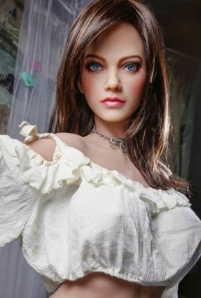 Dirty-Knights-Sex-Dolls-Lillian-posing-for-photos-nude- (4)