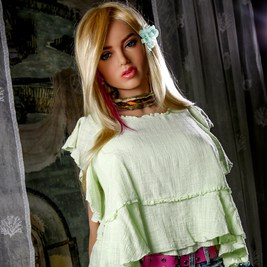 Scarlett-Sex-Doll-Posing-in-pants-and-green-shirt-1 (3)