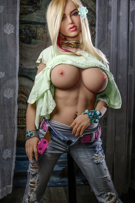 Scarlett-Sex-Doll-Posing-in-pants-and-green-shirt-1 (9)