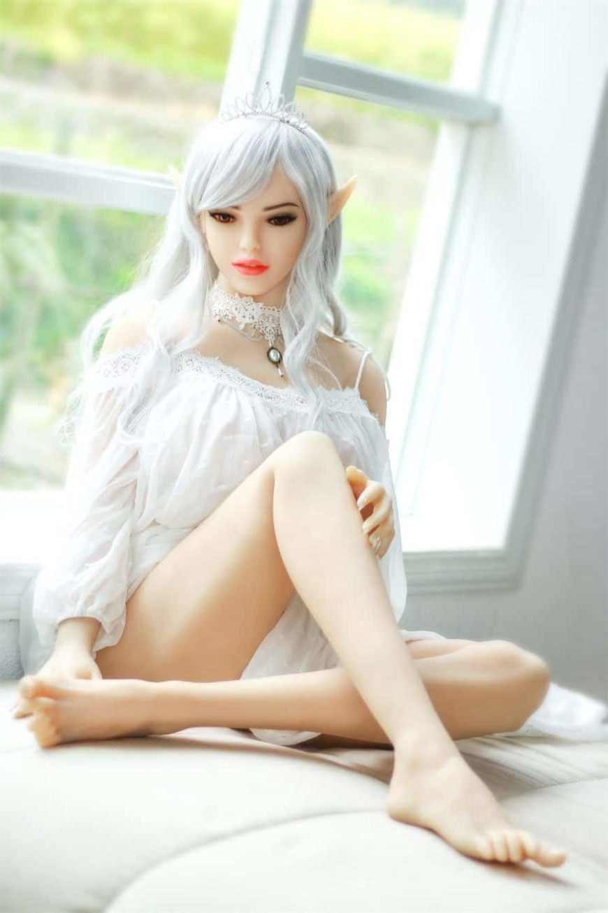 Alana Elf Sex Doll Posing Nude for Dirty Knights Sex Dolls 1 (14)