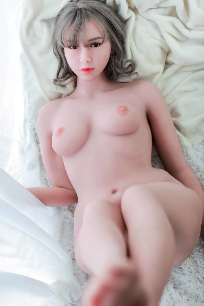 Cora sex doll posing nude for Dirty Knights Sex dolls website (22)