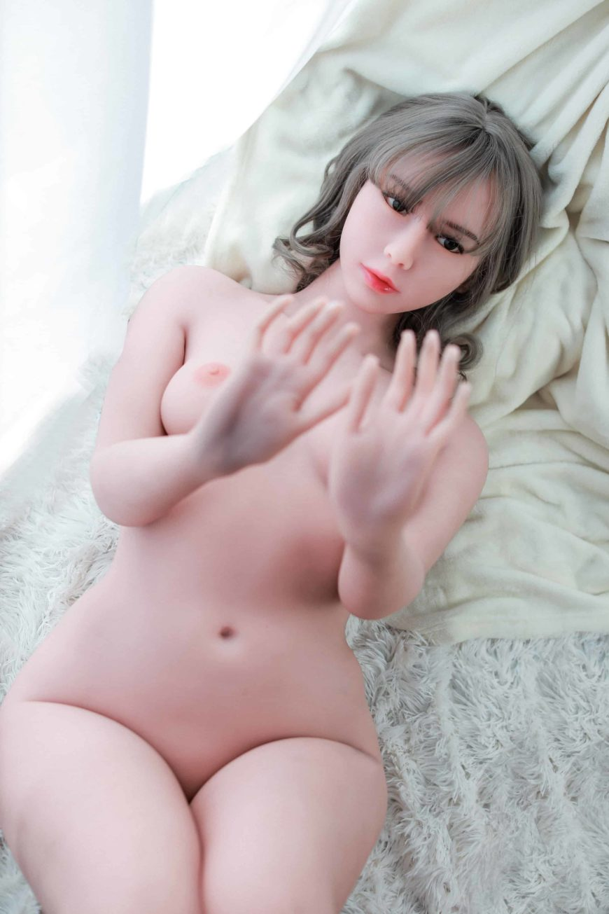Cora sex doll posing nude for Dirty Knights Sex dolls website (28)
