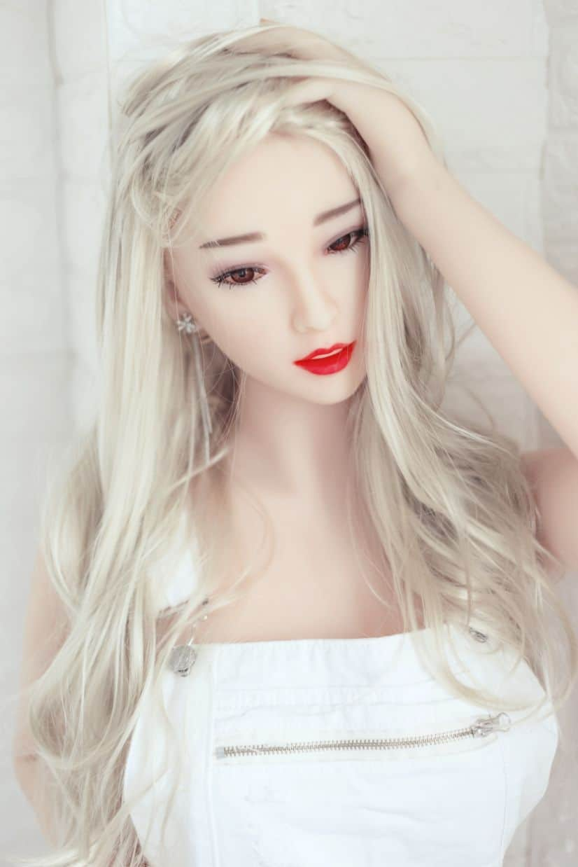 Honi Sex Doll Posing Sexy For Dirty Knights Sex Dolls (12)