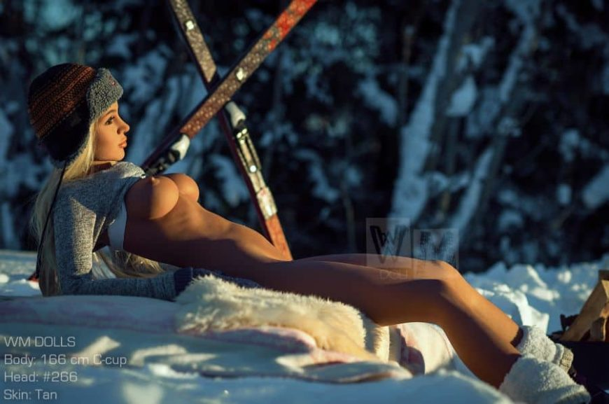 Luna-snow-bunny-sex-doll-posing-nude-on-the-slopes- (16)