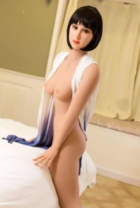 Marian posing seductively for dirty knights sex dolls (19)
