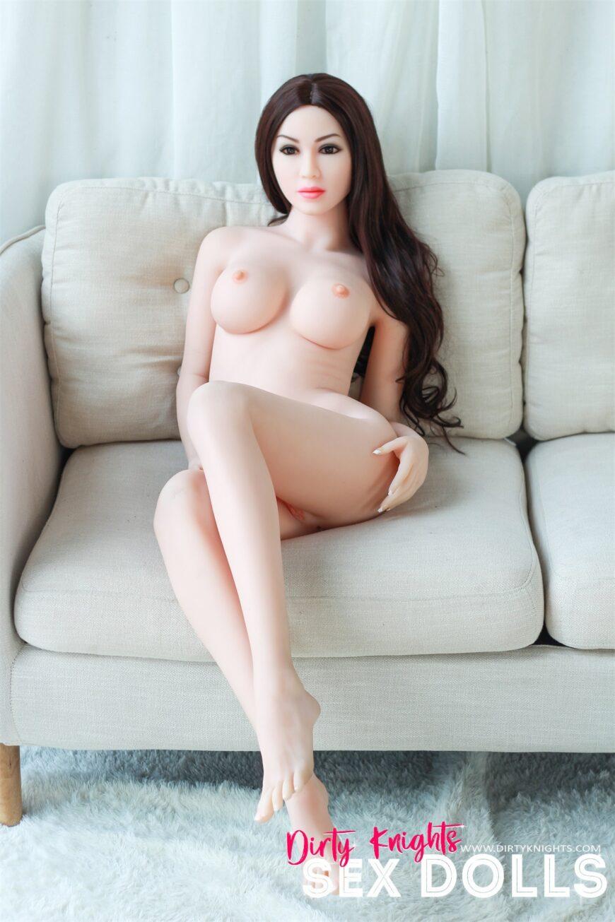 Elle Sex Doll Posing Nude 6