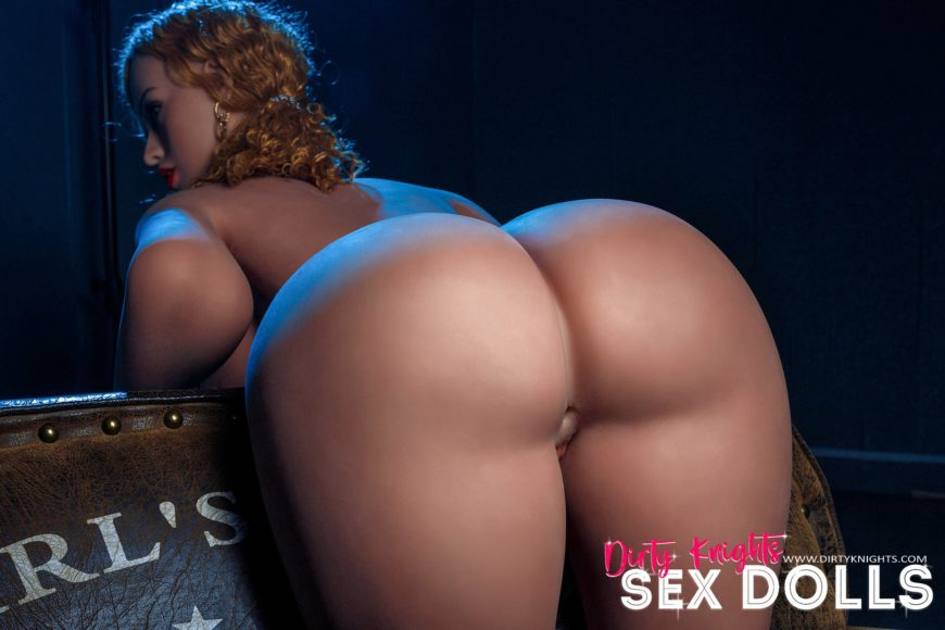 Lori Big Ass Sex Doll Posing Nude For Dirty Knights Sex Dolls Website (16)