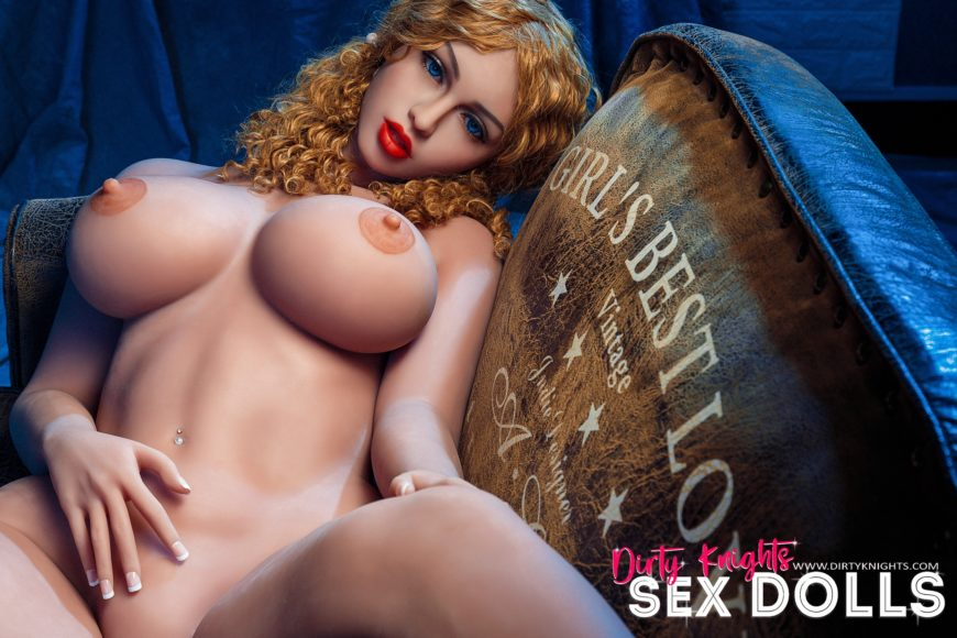Lori Big Ass Sex Doll Posing Nude For Dirty Knights Sex Dolls Website (20)