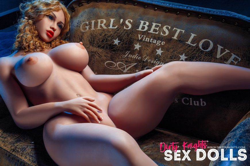 Lori Big Ass Sex Doll Posing Nude For Dirty Knights Sex Dolls Website (21)