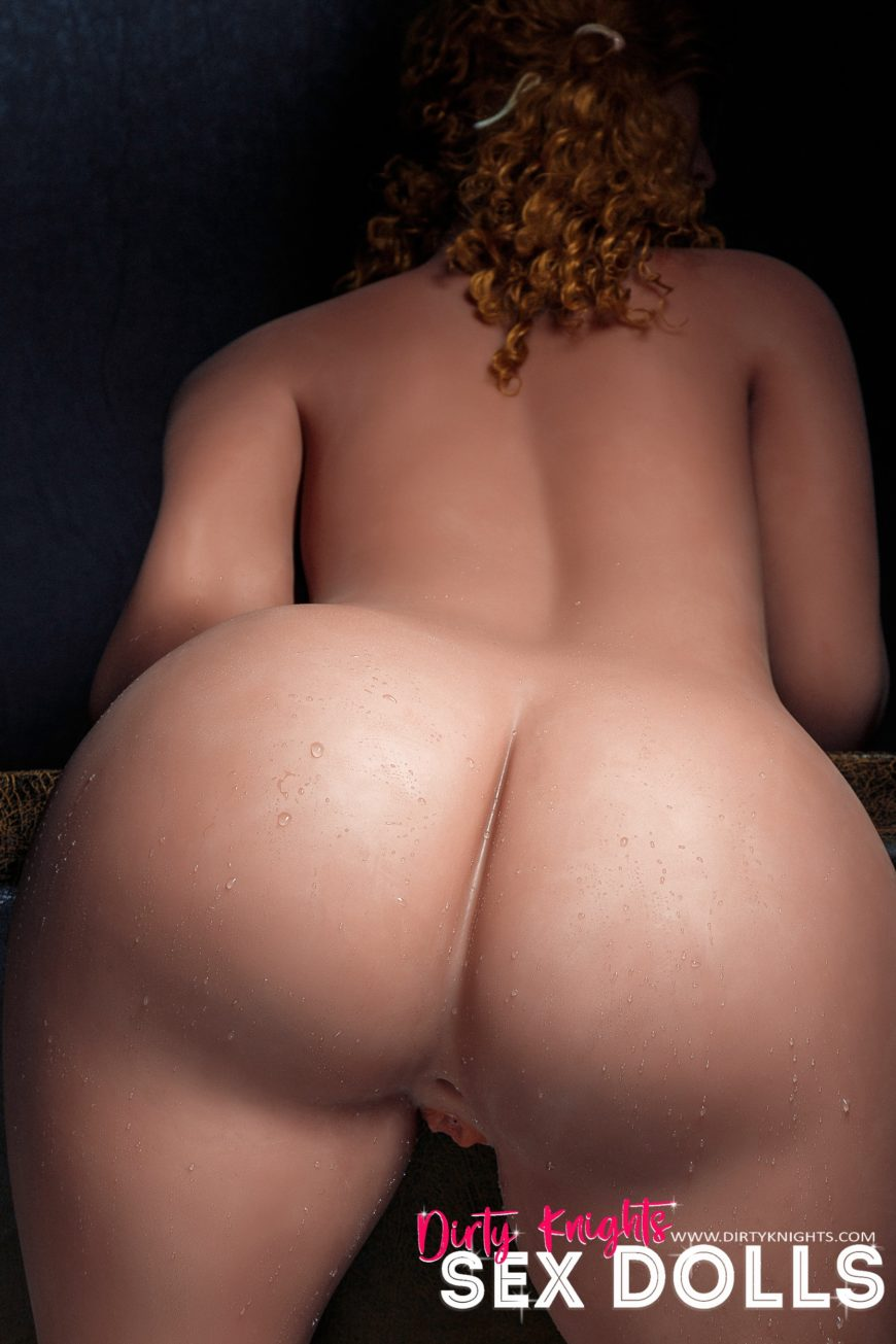 Lori Big Ass Sex Doll Posing Nude For Dirty Knights Sex Dolls Website (23)