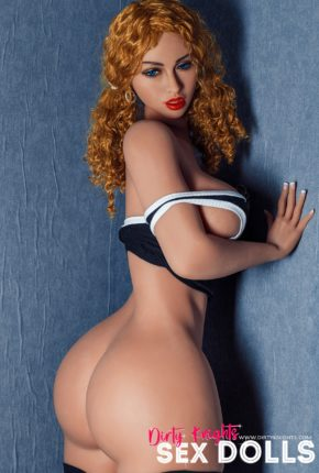 Lori Big Ass Sex Doll Posing Nude For Dirty Knights Sex Dolls Website (6)