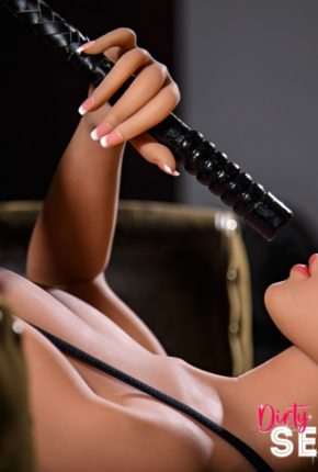 sex doll Lakynn posing nude in Dirty Knights Sex Doll Studio (20)