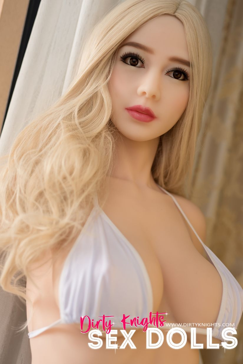 Heather sex doll posing in bikini for Dirty Knights Sex Dolls (28)