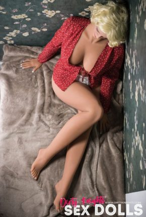 Hazel sex doll posing nude for Dirty Knights Sex Dolls website (1)