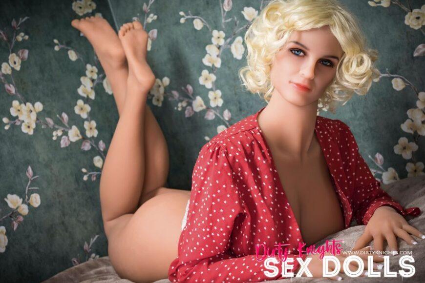 Hazel sex doll posing nude for Dirty Knights Sex Dolls website (18)
