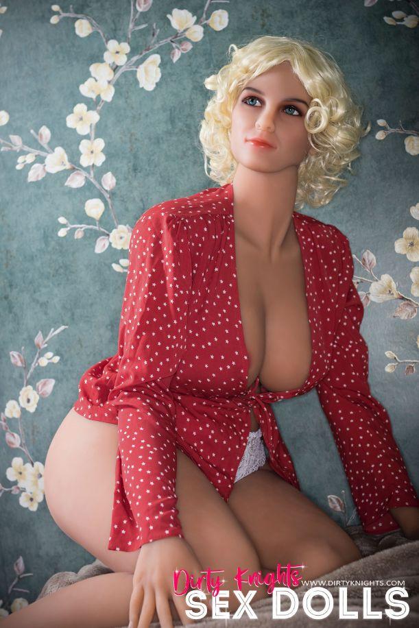 Hazel sex doll posing nude for Dirty Knights Sex Dolls website (25)