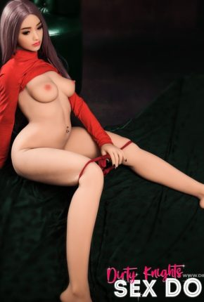 Helen HR Doll posing nude for Dirty Knights Sex Dolls (17)