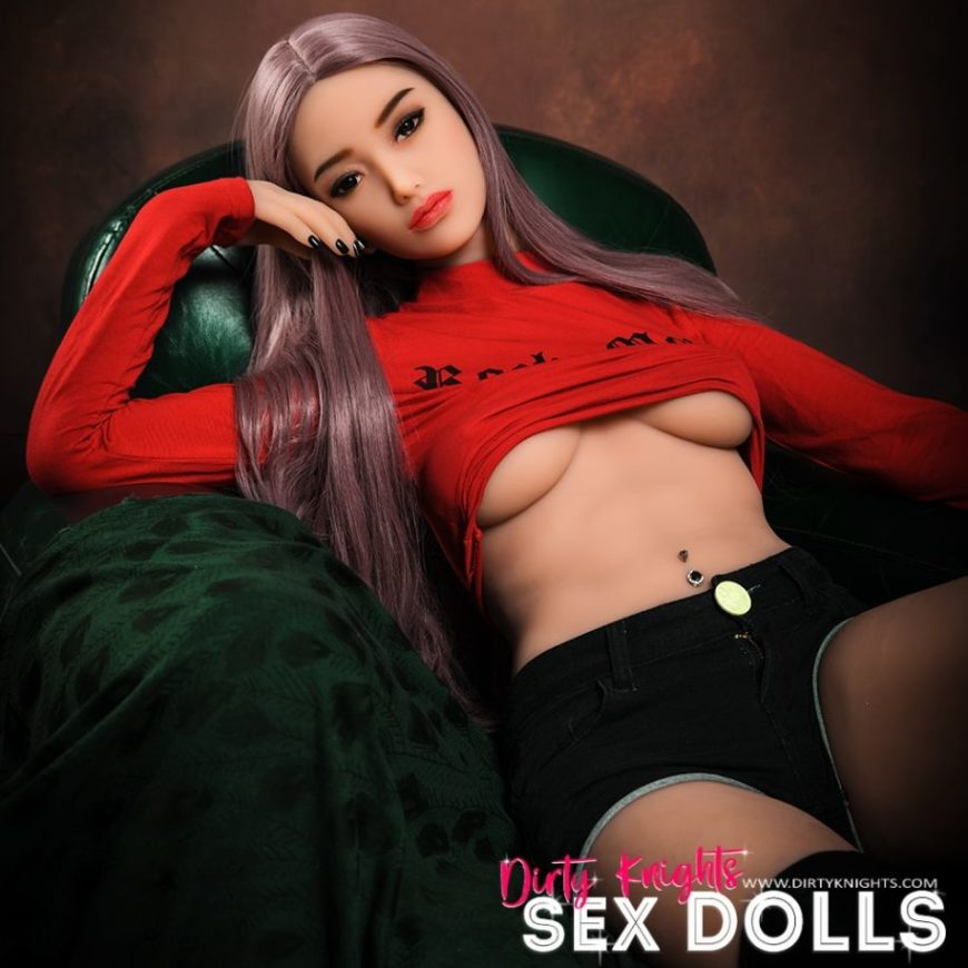 Helen HR Doll posing nude for Dirty Knights Sex Dolls (5)
