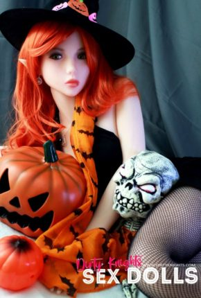 Sex Doll Dora Elf from Dirty Knights Sex Dolls posing in her Halloween outfit (10)