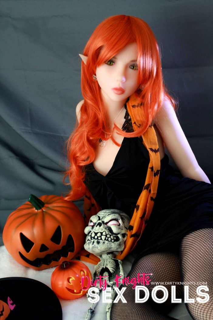 Sex Doll Dora Elf from Dirty Knights Sex Dolls posing in her Halloween outfit (17)