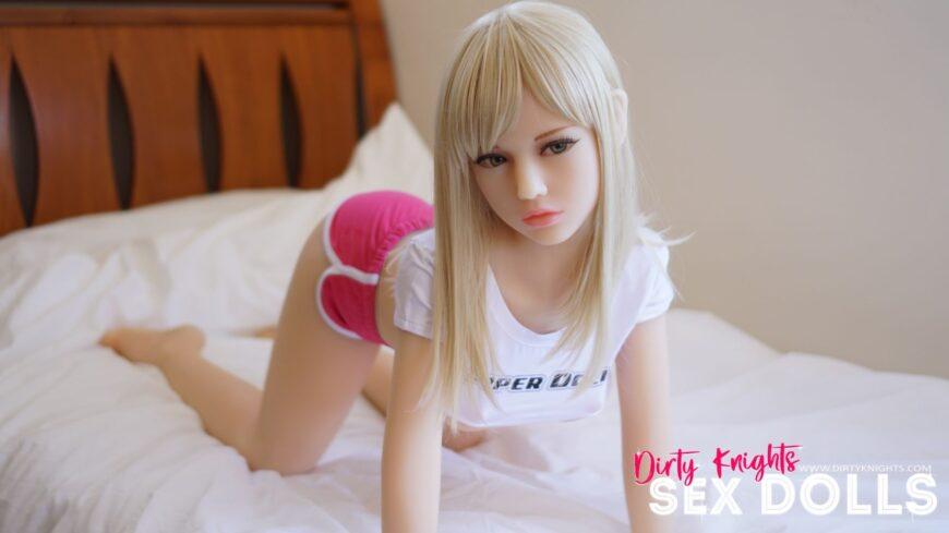 Sex-Dolls-Phoebe-standing-seminude-1 (7)