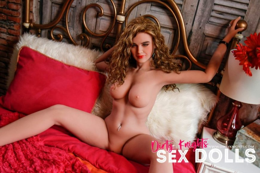 Savanah Sex Doll posing nude for Dirty Knights Sex Dolls (3)