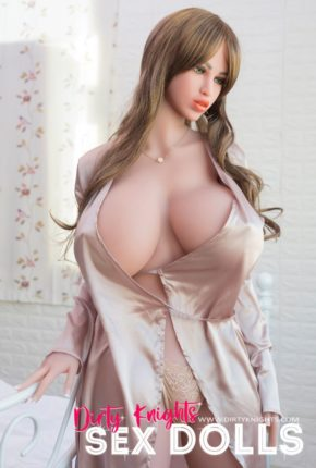 Heather posing nude for Dirty Knights Sex Dolls (15)