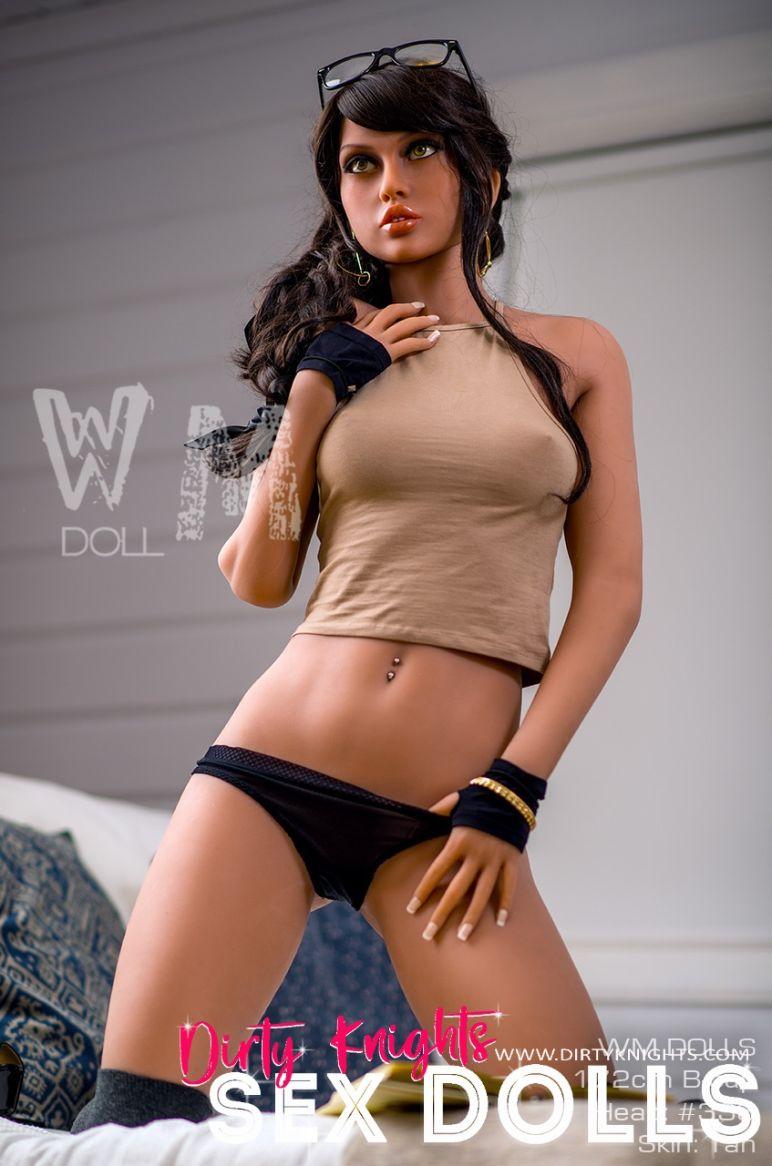 Kara too hot for clothes posing at Dirty Knights Sex Dolls Studio 1 (18)