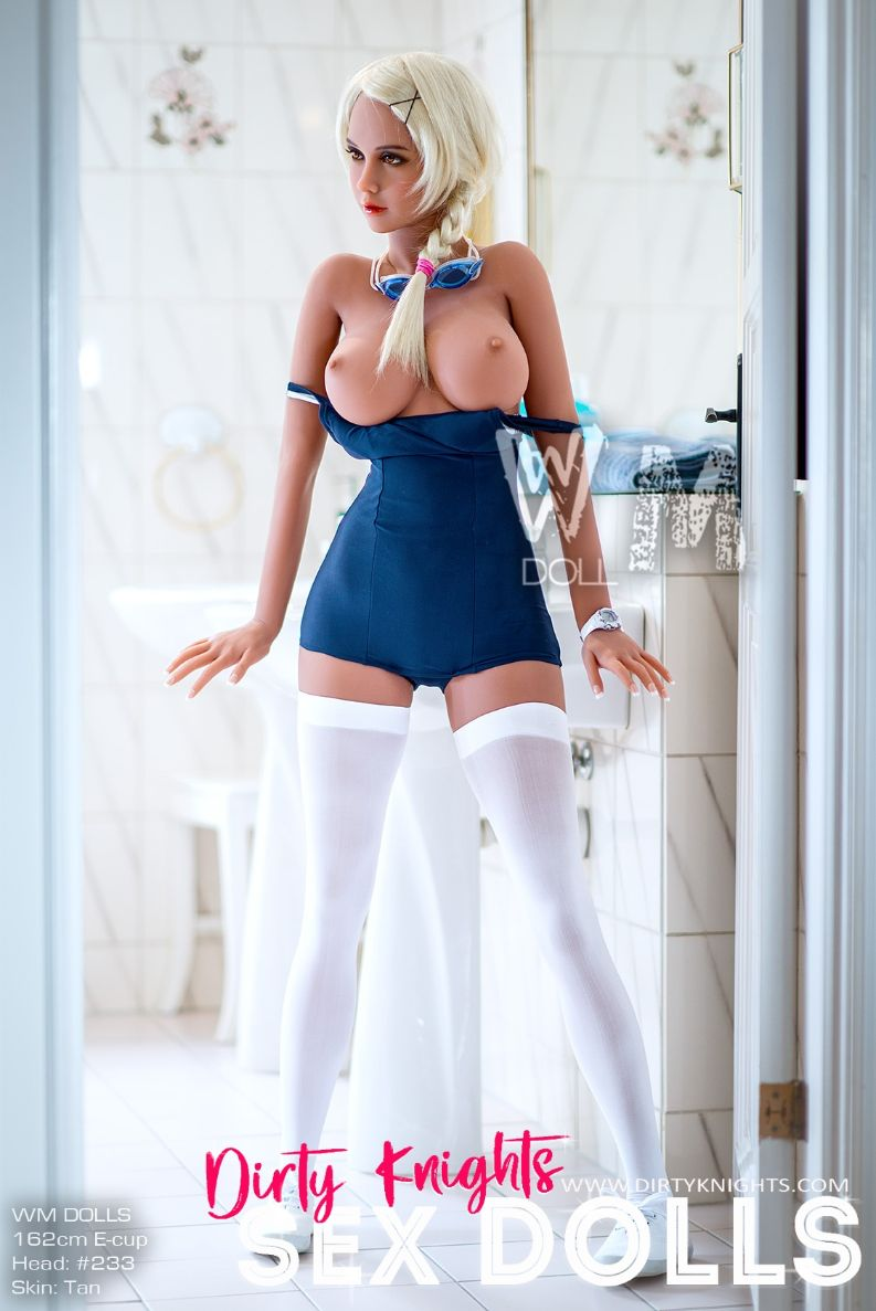 Sex Doll Beth a WM Doll Model is posing nude for Dirty Knights Sex Dolls 1 (12)